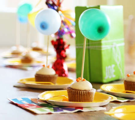 balloon-cupcaek-toppers